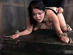 Sizzling hoochie Dee Williams fucks sweet brunette in the dark torture room