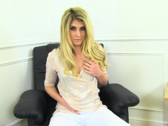 English milf Ashleigh peels off her white pants