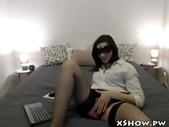 Wet Mature MILF Masturbation On Webcam Show - Watch more on xShow.pw