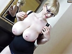 Saggy Boobs and a blonde Bush