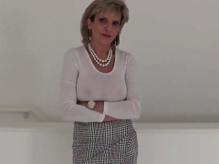 Unfaithful english mature gill ellis presents her mas68Mrs