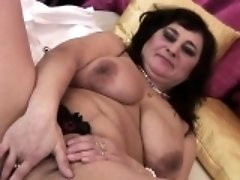 Huge titted mature mumsy playing w Cherryl from 1fuckdatecom