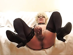 VALERY Mature fag-lady SQUIRT