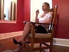 MILF LEARNING SMOKING AND COUGHING