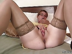 My girlfriends mom is horny bitch!